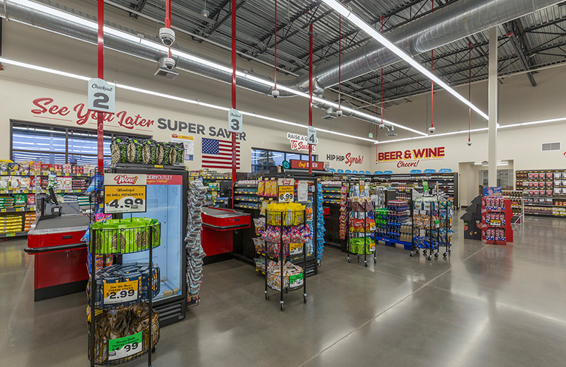 Cascade-Center_Grocery-Outlet_Image3