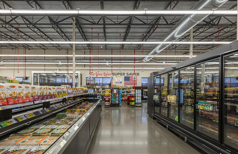 Cascade-Center_Grocery-Outlet_Image4