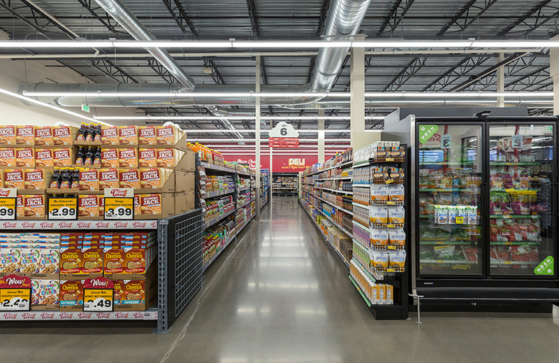 Cascade-Center_Grocery-Outlet_Image5